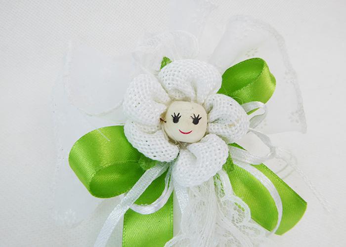 Bomboniera Tulle Bianco Fiori Con Margherita Cotone Sorridente